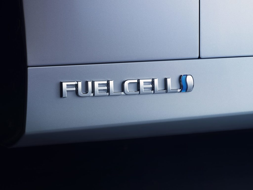 The word fuel cell on the car